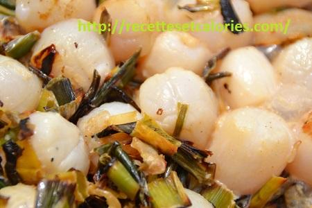 Raffinement subtil de noix de Saint-Jacques préparées à la plancha